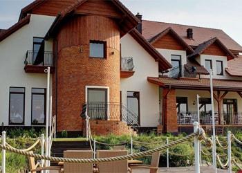 (Polski) Hotel Grodzisko