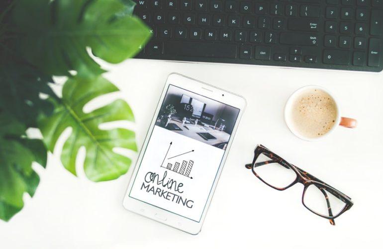 Dlaczego Prowadzenie Firmowego Bloga Jest Wazne Estinet